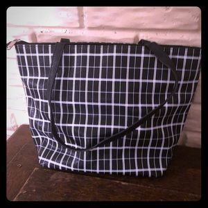 NWOT black and white tote bag